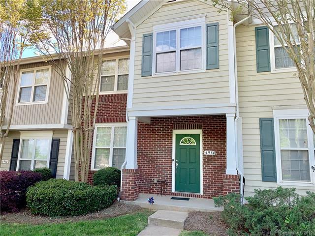 4934 Sunset Ridge Court, Charlotte, NC 28269 (#3491607) :: Team Honeycutt