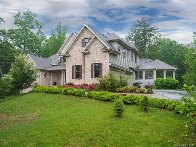25 Fox Chase, Hendersonville, NC 28739 (#3491686) :: Stephen Cooley Real Estate Group