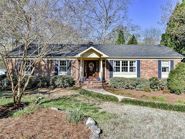 5300 Guildbrook Road, Charlotte, NC 28226 (#3491723) :: Rinehart Realty