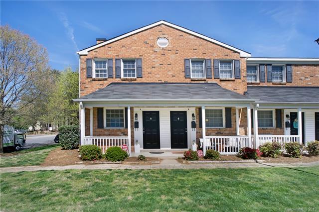 1330 Green Oaks Lane A, Charlotte, NC 28205 (#3491800) :: Team Honeycutt