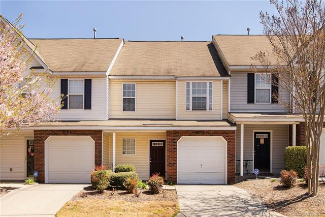 10618 Pointed Leaf Court, Charlotte, NC 28213 (#3492638) :: The Ann Rudd Group