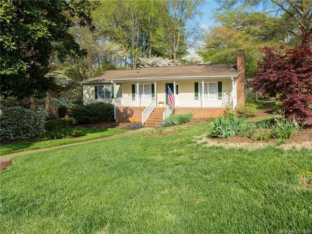 6000 Kingstree Drive, Charlotte, NC 28210 (#3492674) :: Rinehart Realty