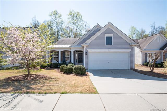 5220 Wrens Nest Lane, Charlotte, NC 28269 (#3493077) :: Team Honeycutt