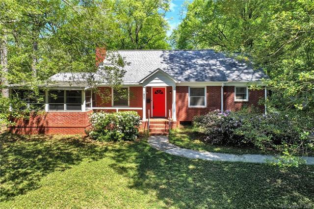 1521 Pinecrest Avenue, Charlotte, NC 28205 (#3493082) :: Keller Williams South Park