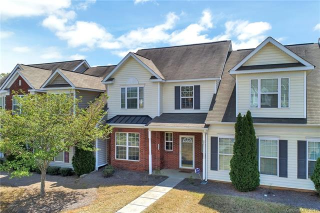 9906 Portaferry Drive, Charlotte, NC 28213 (#3493216) :: Odell Realty