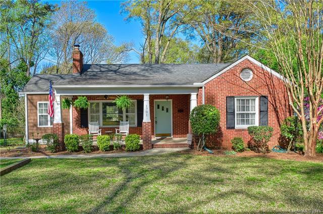1701 Merry Oaks Road, Charlotte, NC 28205 (#3493267) :: Keller Williams South Park