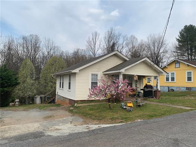 440 Howard Street SW, Lenoir, NC 28645 (#3493268) :: Besecker Homes Team