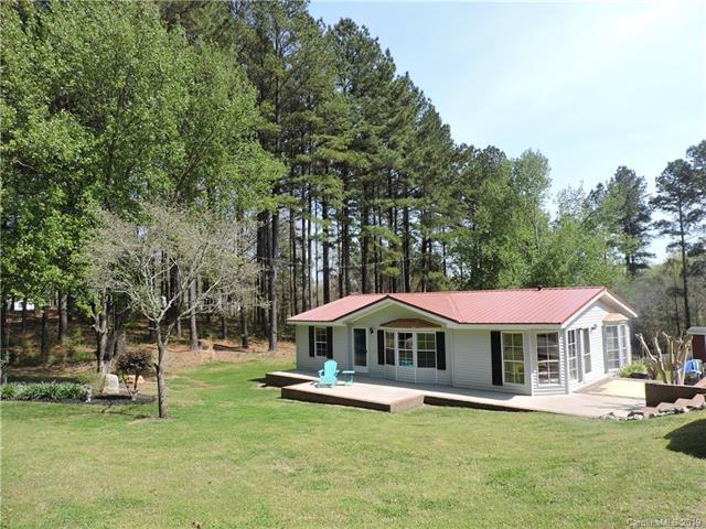 8495 Dog Leg Road, Sherrills Ford, NC 28673 (#3493443) :: Mossy Oak Properties Land and Luxury