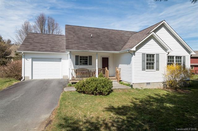 190 Village Drive, Boone, NC 28607 (#3493716) :: Bluaxis Realty