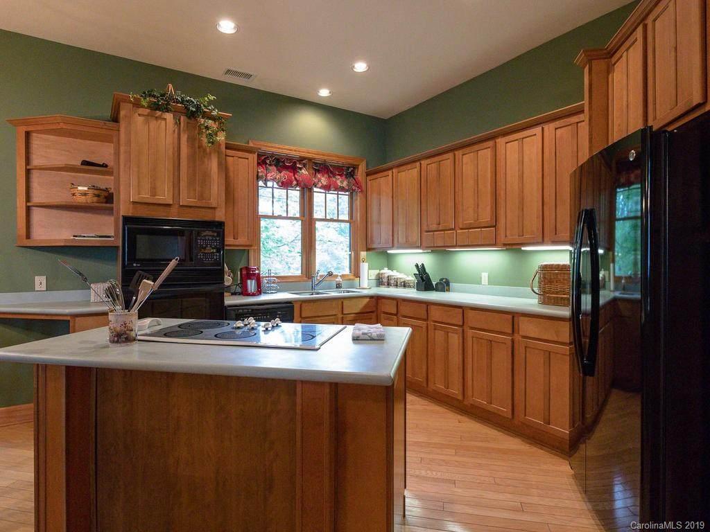 115 Stoney Falls Loop D-2, Burnsville, NC 28714 (#3494033) :: High Performance Real Estate Advisors