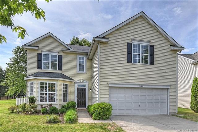 9835 Forest Run Lane, Charlotte, NC 28277 (#3494206) :: LePage Johnson Realty Group, LLC
