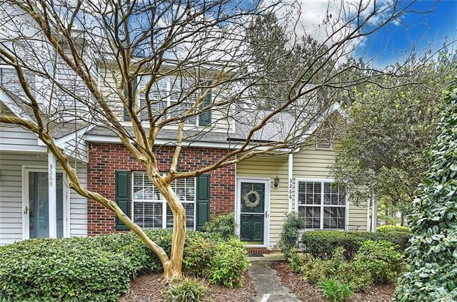 3266 Summercroft Lane, Charlotte, NC 28269 (#3494426) :: Washburn Real Estate