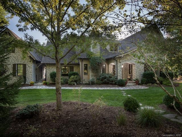3 Landsdowne Court, Asheville, NC 28803 (#3494481) :: Rowena Patton's All-Star Powerhouse