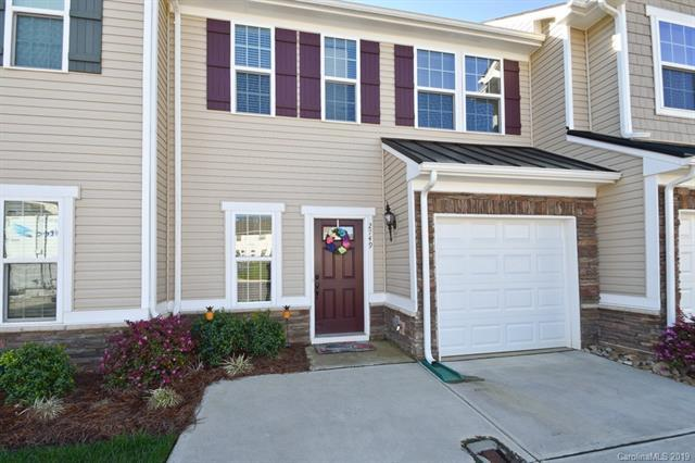 2749 Silverthorn Drive, Charlotte, NC 28273 (#3494498) :: Odell Realty