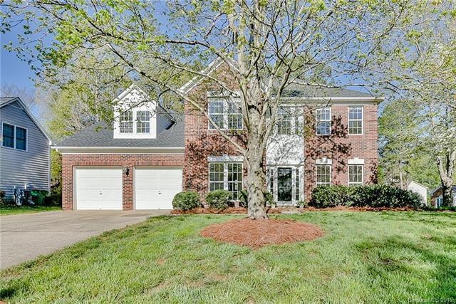 7409 Ridgefield Drive, Charlotte, NC 28269 (#3494794) :: Washburn Real Estate