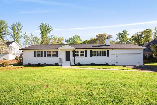 13629 Hagers Ferry Road, Huntersville, NC 28078 (#3494948) :: High Performance Real Estate Advisors