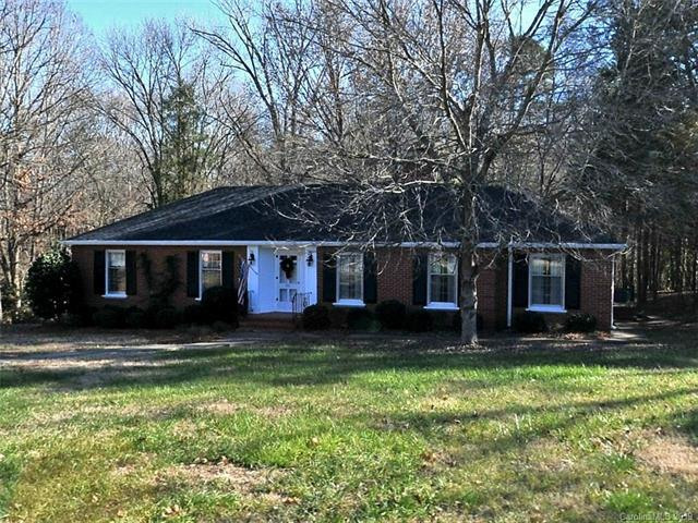 301 Wilby Drive, Charlotte, NC 28270 (#3495036) :: High Performance Real Estate Advisors