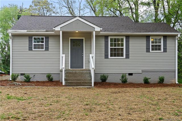 2327 Barringer Drive, Charlotte, NC 28208 (#3495184) :: Rinehart Realty