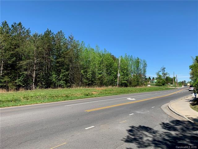 9400 Lawyers Road, Mint Hill, NC 28227 (#3495579) :: Keller Williams South Park