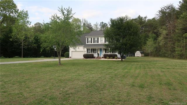 203 Irene Drive, Mount Holly, NC 28120 (#3495619) :: Odell Realty