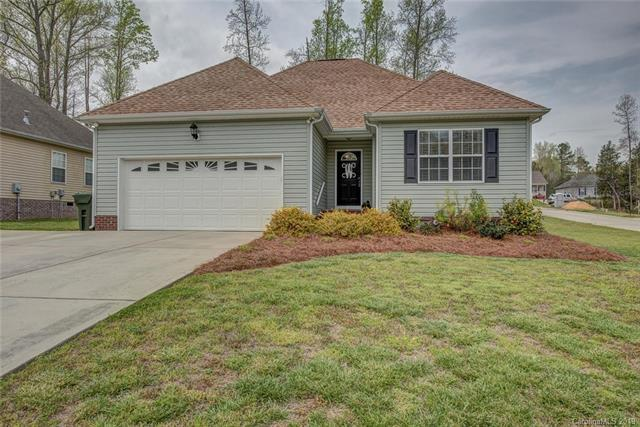 406 Chirping Sparrow Court, Clover, SC 29710 (#3495680) :: Rinehart Realty