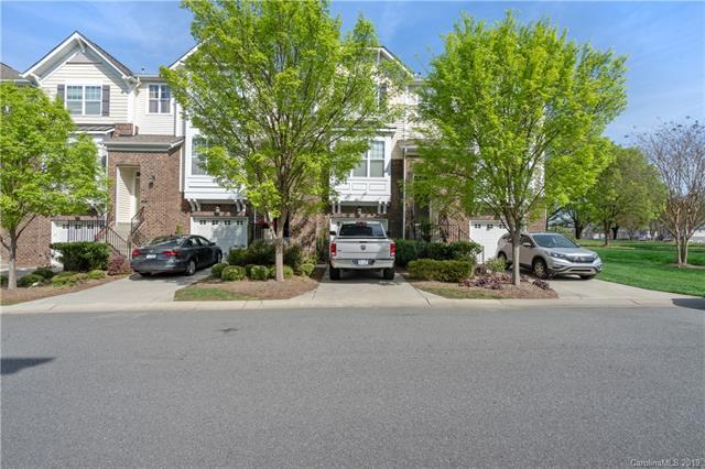 808 Skybrook Falls Drive, Huntersville, NC 28078 (#3495832) :: Washburn Real Estate