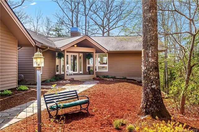 330 Jump Creek Road, Hendersonville, NC 28739 (#3495996) :: Keller Williams Professionals