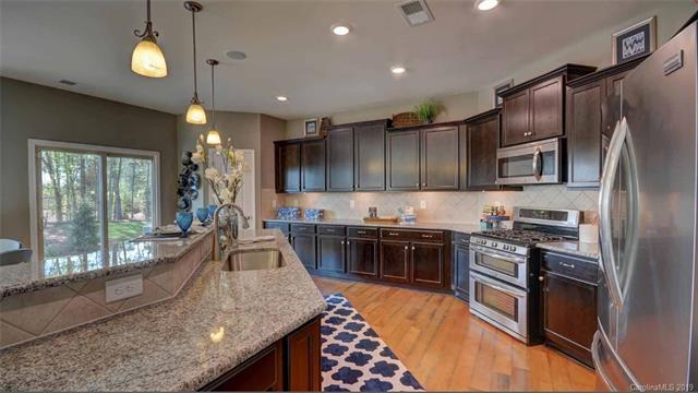 15114 Oleander Drive #25, Charlotte, NC 28278 (#3496260) :: Exit Mountain Realty
