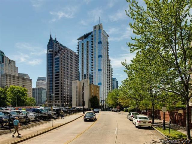 333 W Trade Street #1002, Charlotte, NC 28202 (#3496357) :: Carolina Real Estate Experts