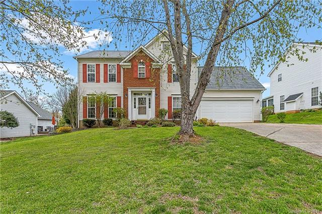 4523 Avalon Forest Lane, Charlotte, NC 28269 (#3496416) :: Team Honeycutt
