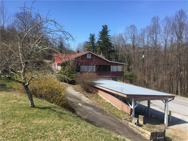 3431 Greenville Highway, Flat Rock, NC 28731 (#3496428) :: Exit Mountain Realty