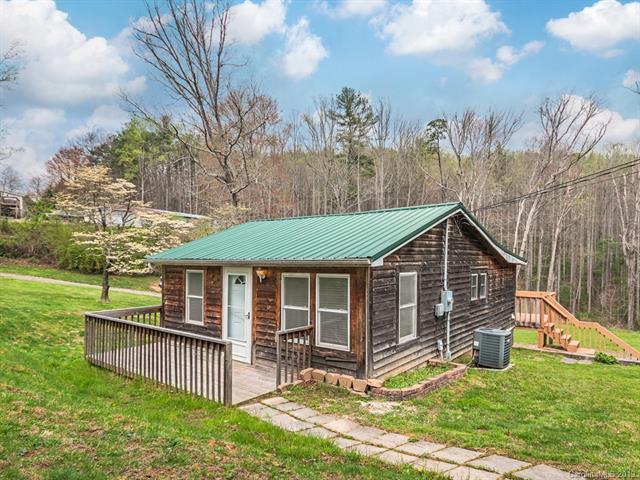 10 Gibson Roberts Drive, Fairview, NC 28730 (#3496441) :: Keller Williams Biltmore Village