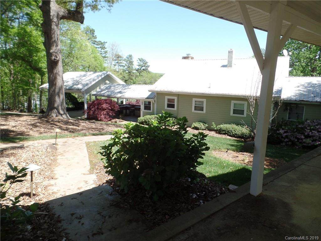 514 Rocky Lane, Mount Holly, NC 28120 (#3496486) :: Stephen Cooley Real Estate Group