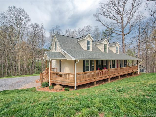 121 Curly Oaks Drive, Clyde, NC 28721 (#3496673) :: Caulder Realty and Land Co.