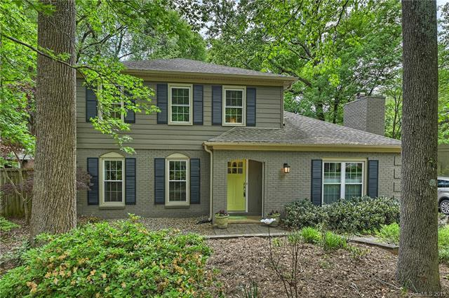 6808 Valley Haven Drive, Charlotte, NC 28211 (#3496718) :: MECA Realty, LLC