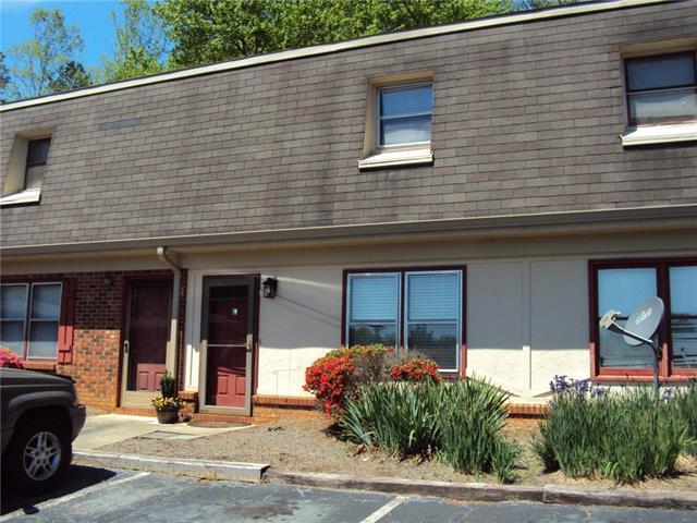 224 14th Avenue SE, Hickory, NC 28602 (#3496870) :: High Performance Real Estate Advisors