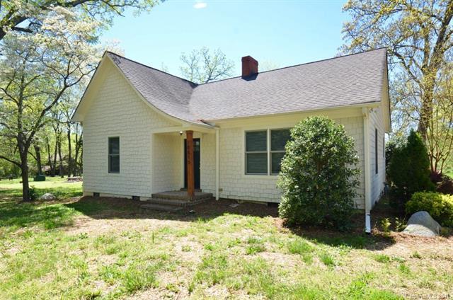 10815 Beatties Ford Road, Huntersville, NC 28078 (#3496913) :: High Performance Real Estate Advisors