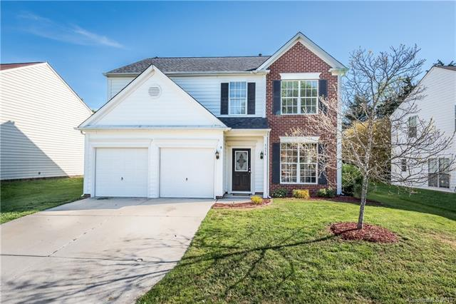 5654 Bentgrass Run Drive, Charlotte, NC 28269 (#3497057) :: The Ramsey Group
