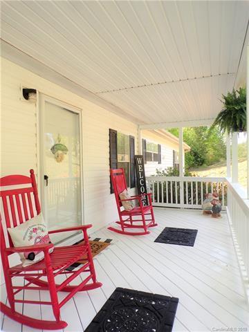 5237 Stoney Oaks Drive, Gastonia, NC 28052 (#3497202) :: Washburn Real Estate