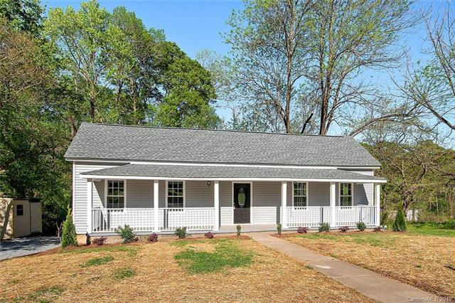 626 Woodlawn Avenue, Mount Holly, NC 28120 (#3497220) :: Roby Realty