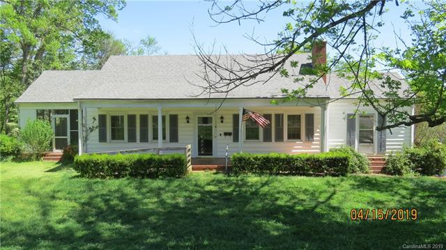 548 N Washington Street, Rutherfordton, NC 28139 (#3497268) :: DK Professionals Realty Lake Lure Inc.