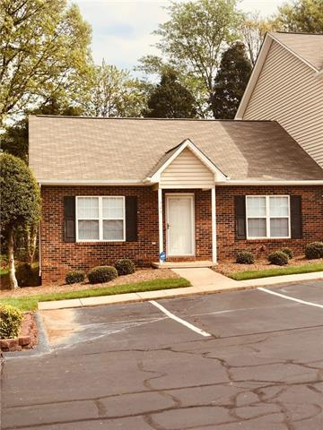 1096 22nd Street NE #306, Hickory, NC 28601 (#3497282) :: Caulder Realty and Land Co.