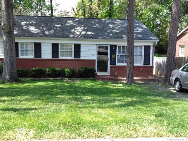 1833 Dallas Avenue, Charlotte, NC 28205 (#3497420) :: Odell Realty