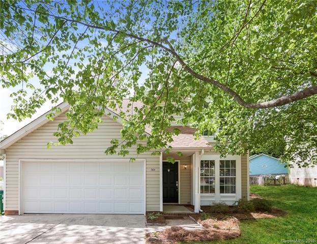 2004 Teresa Jill Drive, Charlotte, NC 28213 (#3497439) :: MartinGroup Properties