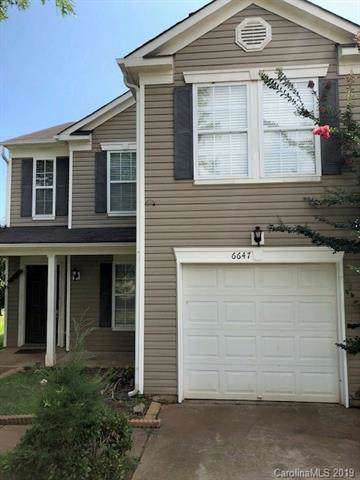 6647 Wicked Oak Lane, Charlotte, NC 28216 (#3497508) :: Washburn Real Estate