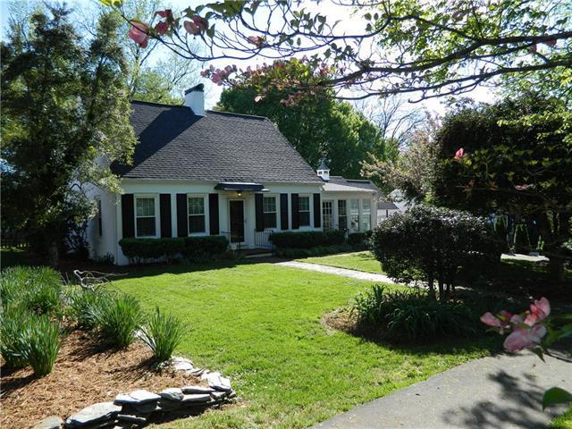 505 Norwood Street SW, Lenoir, NC 28645 (#3497582) :: Exit Realty Vistas