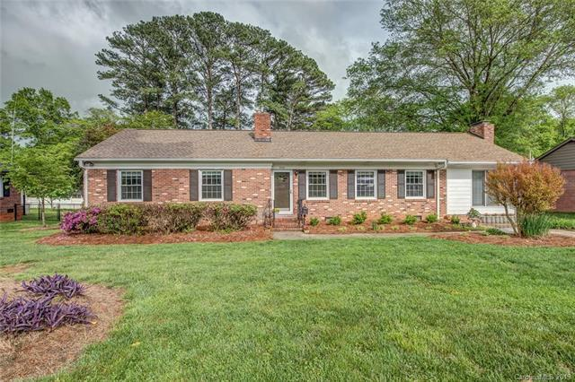526 Armstrong Park Road, Gastonia, NC 28054 (#3497583) :: Charlotte Home Experts