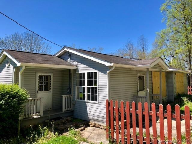 174 S Old Asheville Road, Hendersonville, NC 28791 (#3497612) :: Exit Realty Vistas