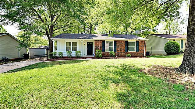 8121 Kapplewood Court, Charlotte, NC 28226 (#3497624) :: Exit Mountain Realty