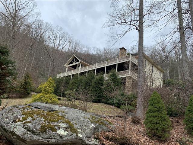 1005 Evergreen Drive, Boone, NC 28607 (#3497861) :: Homes Charlotte